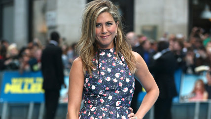 US actress Jennifer Aniston arrives to attend the European premiere of the film 'We're The Millers' in London on August 14, 2013.  AFP PHOTO / ANDREW ...