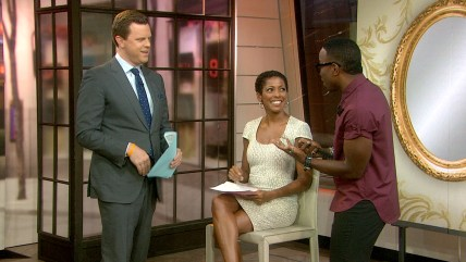 Tamron Hall gets natural hair tips from celebrity stylist Johnny Wright.