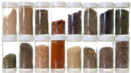 DIY beauty recipes: spices and herbs