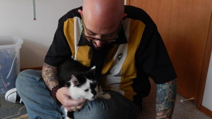 "Jackson Galaxy with Lux on ""My Cat From Hell"""