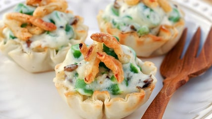 Green bean casserole in cups