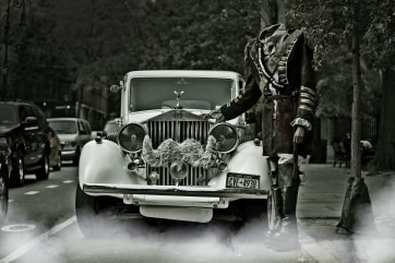 Hail a Lyft on Halloween ... if you dare ... and you could end up cavorting with a headless horseman.