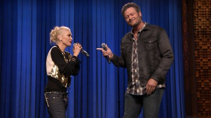 "Voice judges Gwen Stefani and Blacke Shelton lip-synch on ""Tonight"""