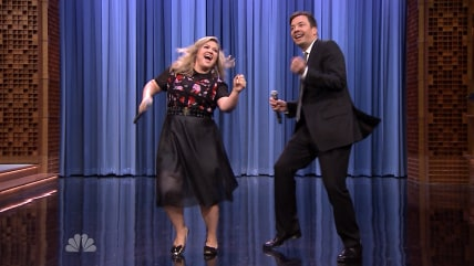 Kelly Clarkson and Jimmy Fallon