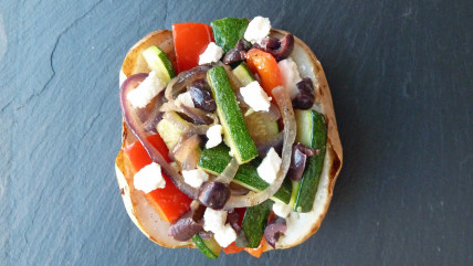 Baked potato with feta and veggies
