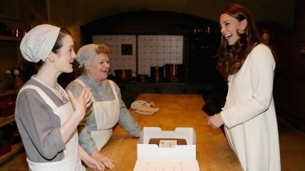 Image: Catherine, Duchess of Cambridge chats to actresses Sopie McShera and Lesley Nicol