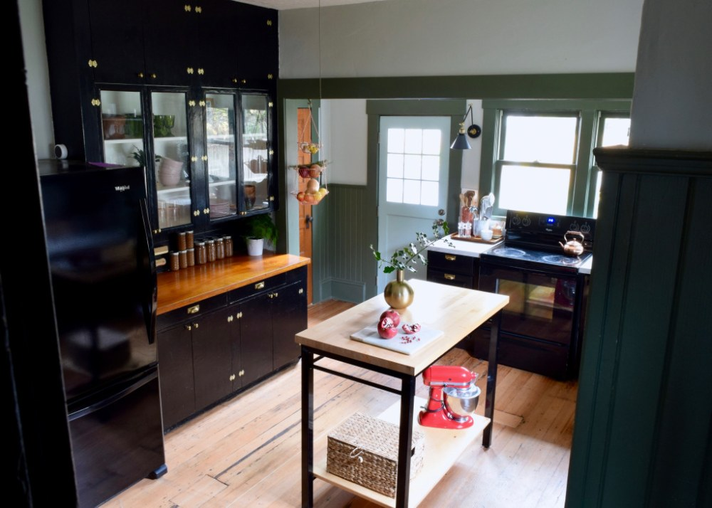 See this grimy 1930s kitchen after a sleek and modern makeover