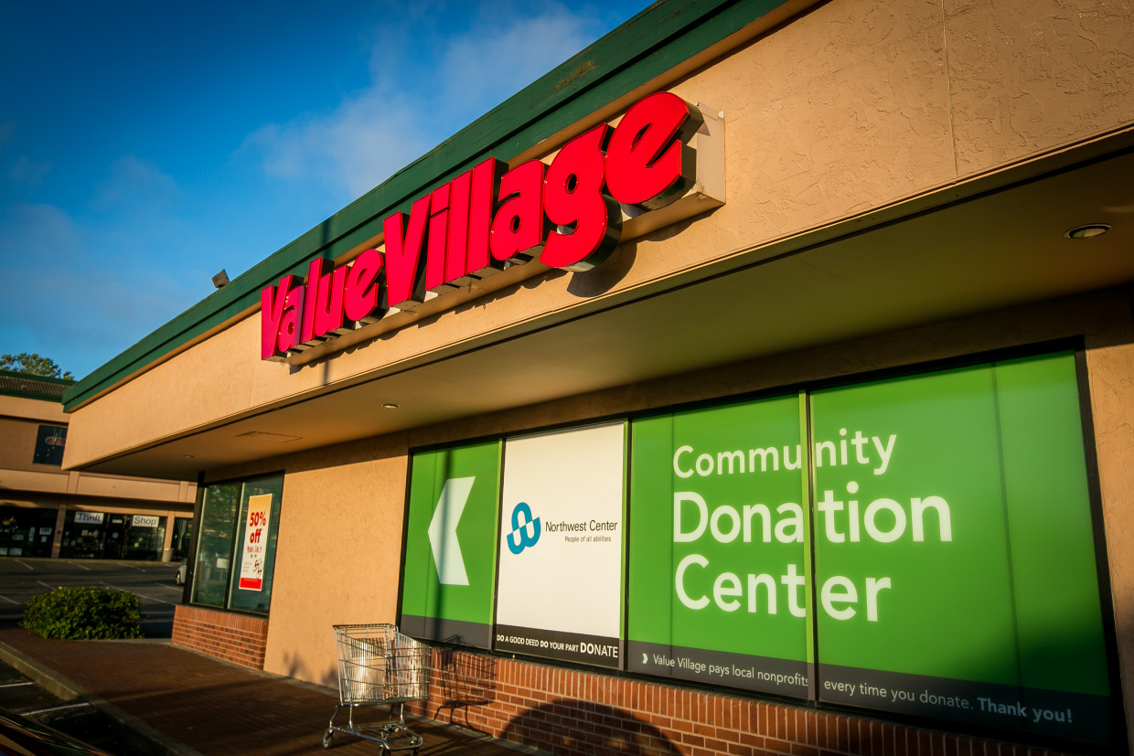 Questions Are Raised Over Thrift Store Chain S Charitable Deeds