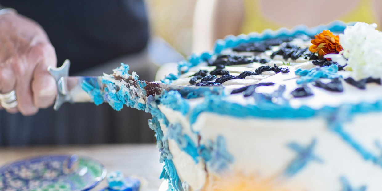 Pleasant Walmart Apologizes After Familys Graduation Cake Turned Out To Be Birthday Cards Printable Trancafe Filternl