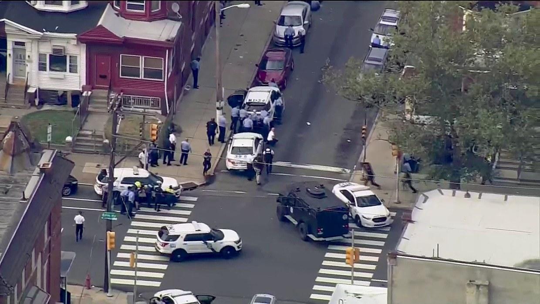 Police shot in Philadelphia