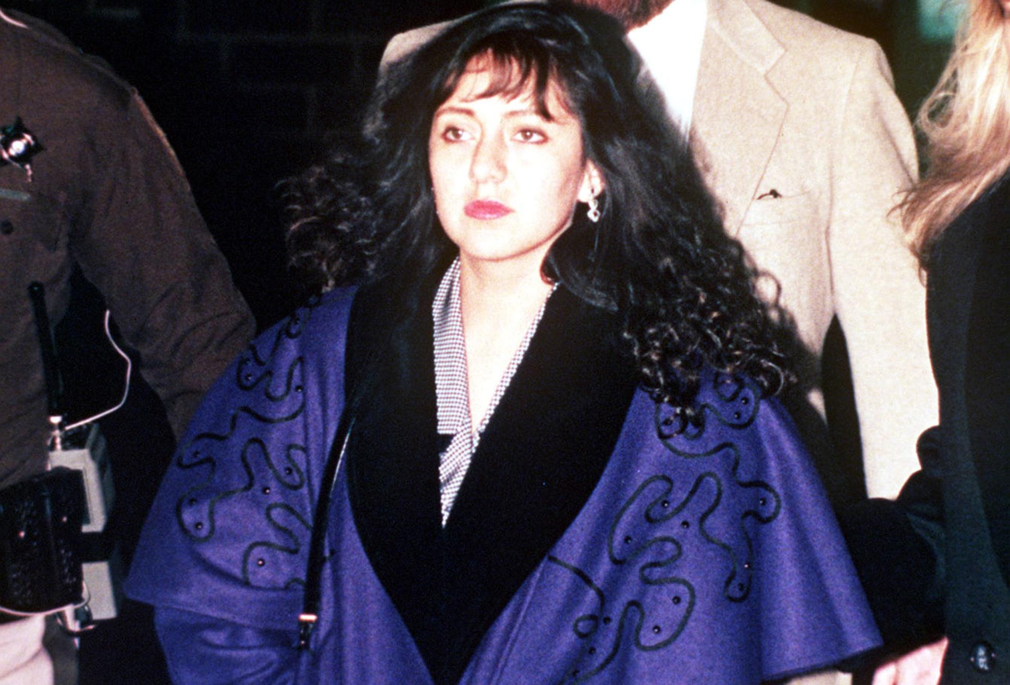 Lorena Bobbitt: 25 Years Ago, Lorena Cut Him Off, Permanently