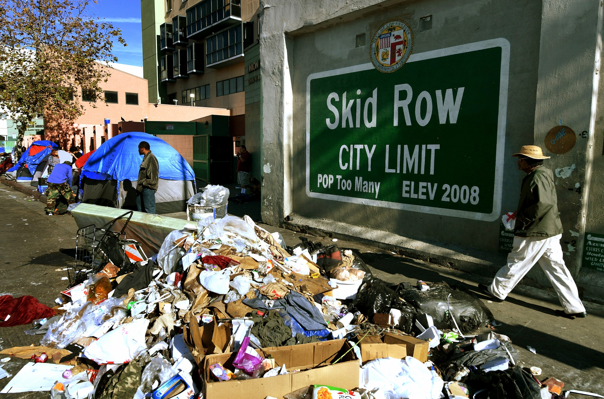 Rats and trash infest LA's skid row, fueling Typhus