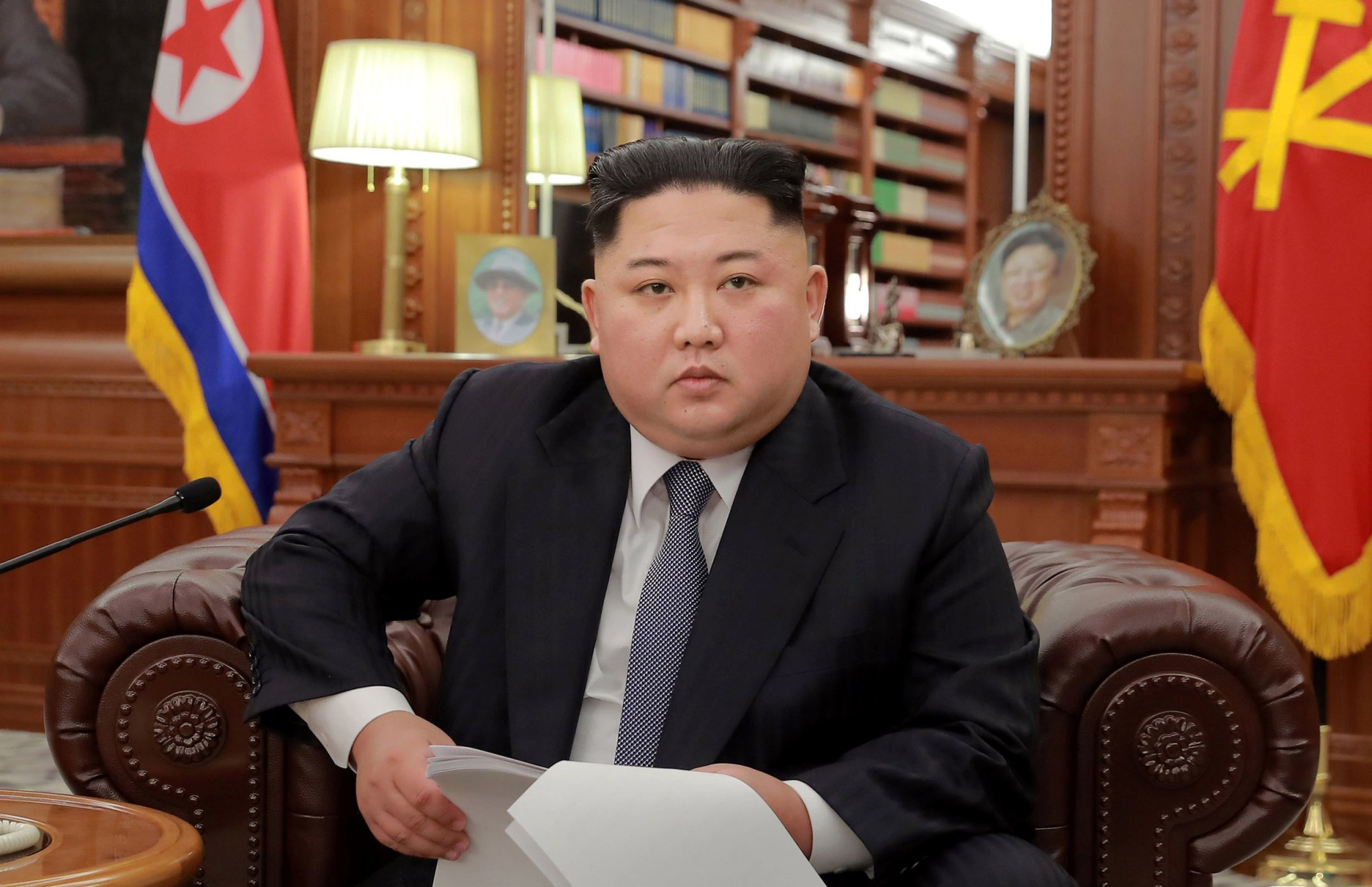 Image: North Korean leader Kim Jong Un poses for photos in Pyongyang