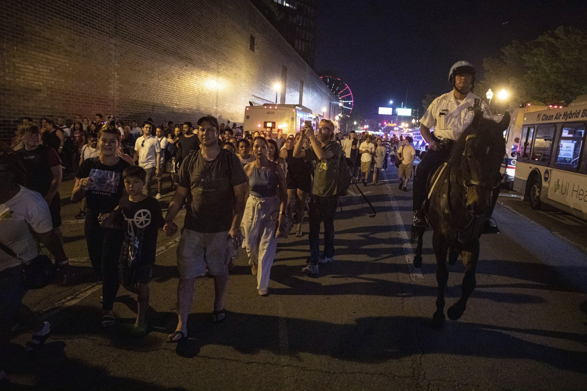 Warning about possible shooter sparked Navy Pier stampede, Chicago police say