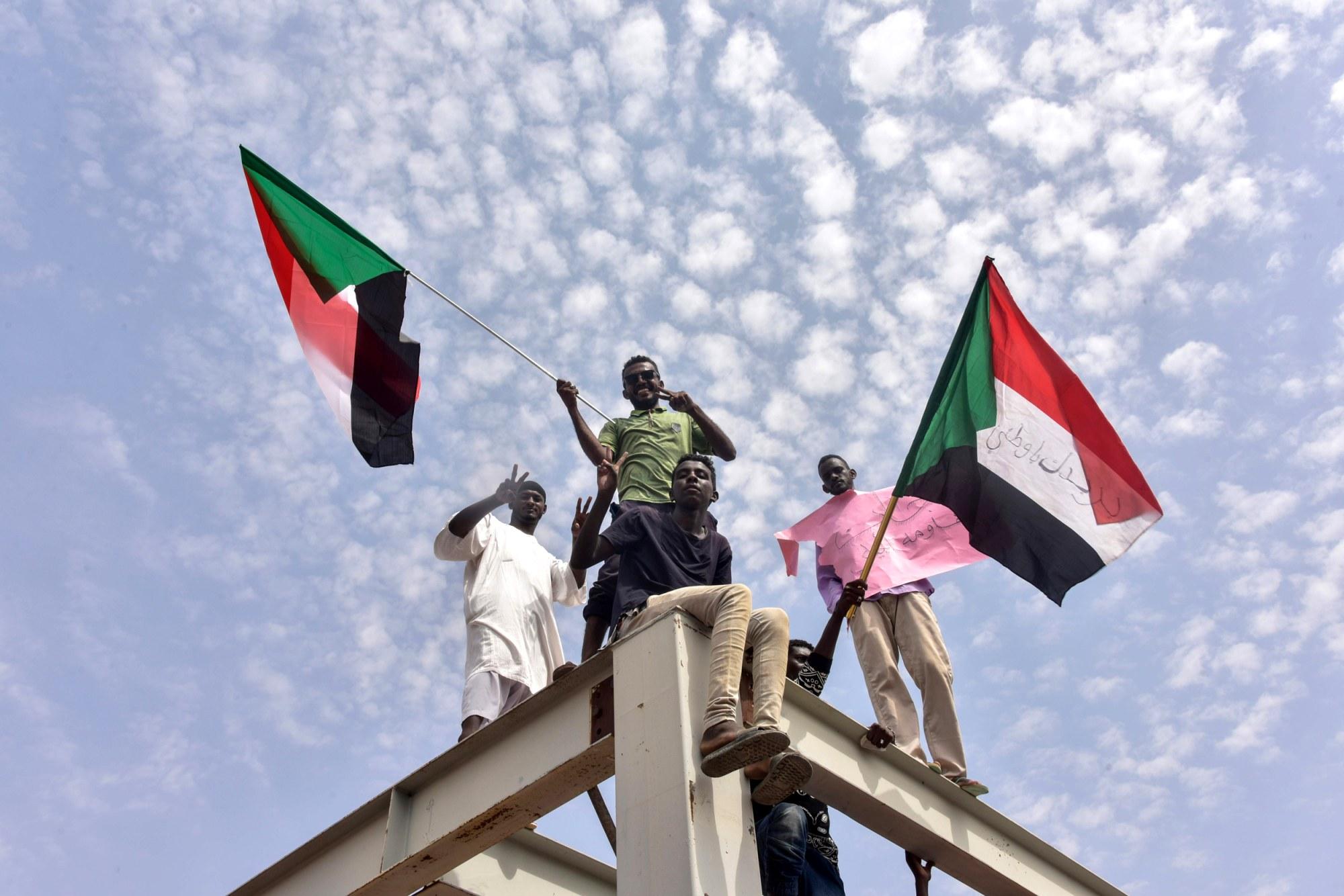 190908-sudan-government-transition-cs-128p_0815e615c189337e3ed286af92dc74fd.fit-2000w.jpg