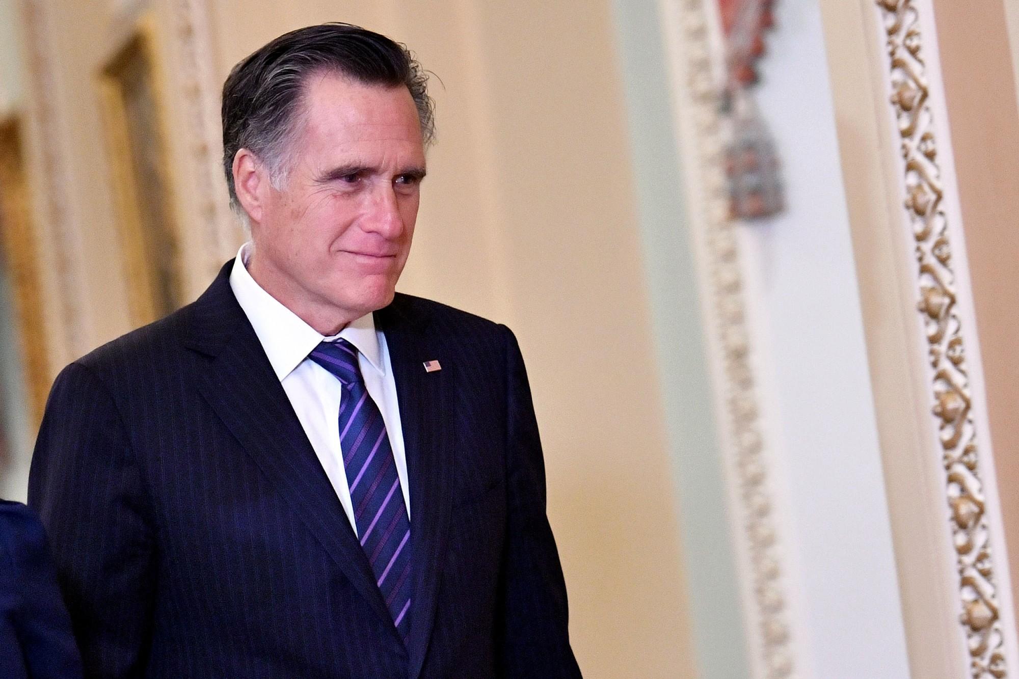 https://media4.s-nbcnews.com/j/newscms/2020_06/3217706/200205-mitt-romney-al-1421_abf91023e932cd9058227d2d98f8f2c8.fit-2000w.jpg