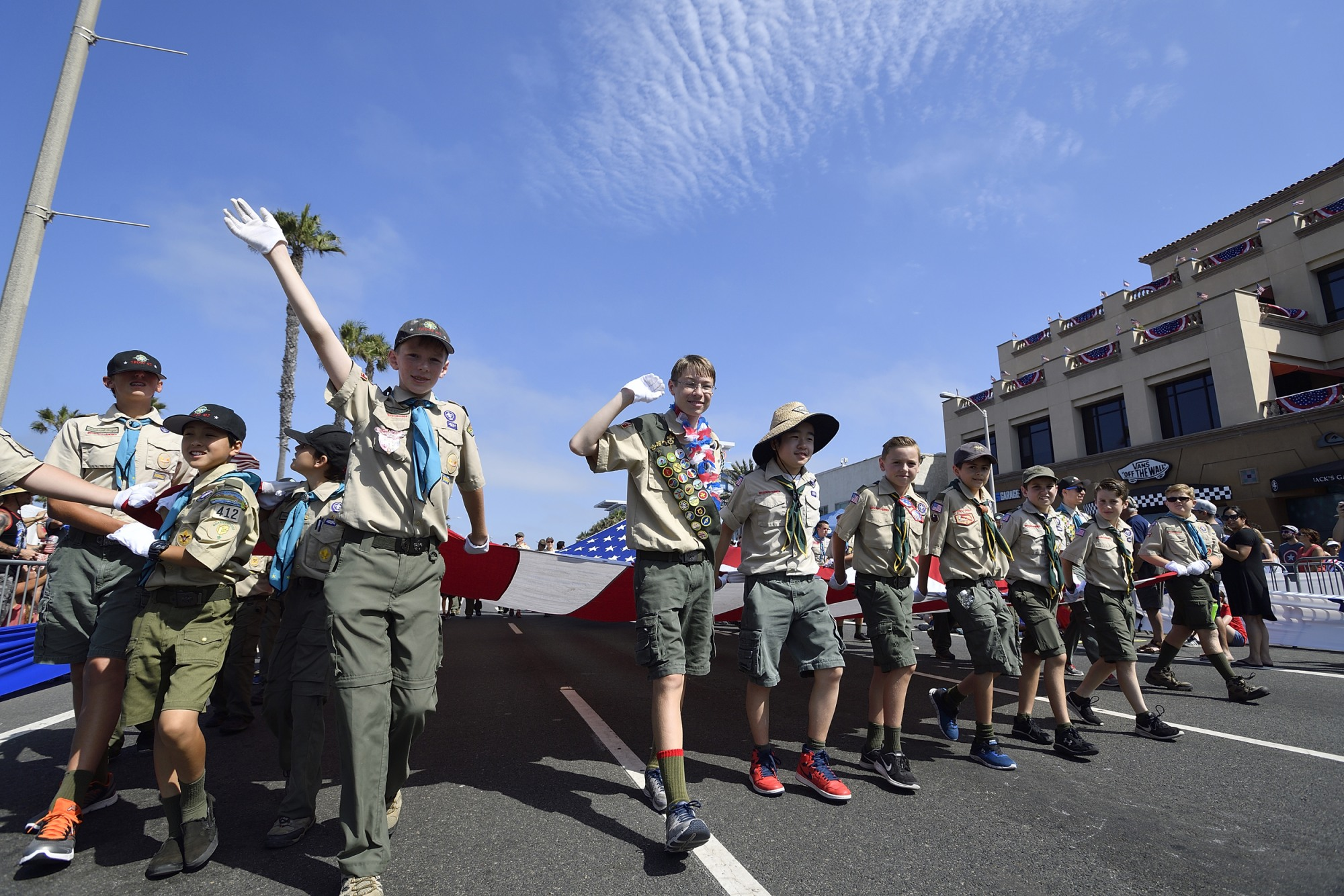 Boy Scouts carry Huntington Beach's Historic
