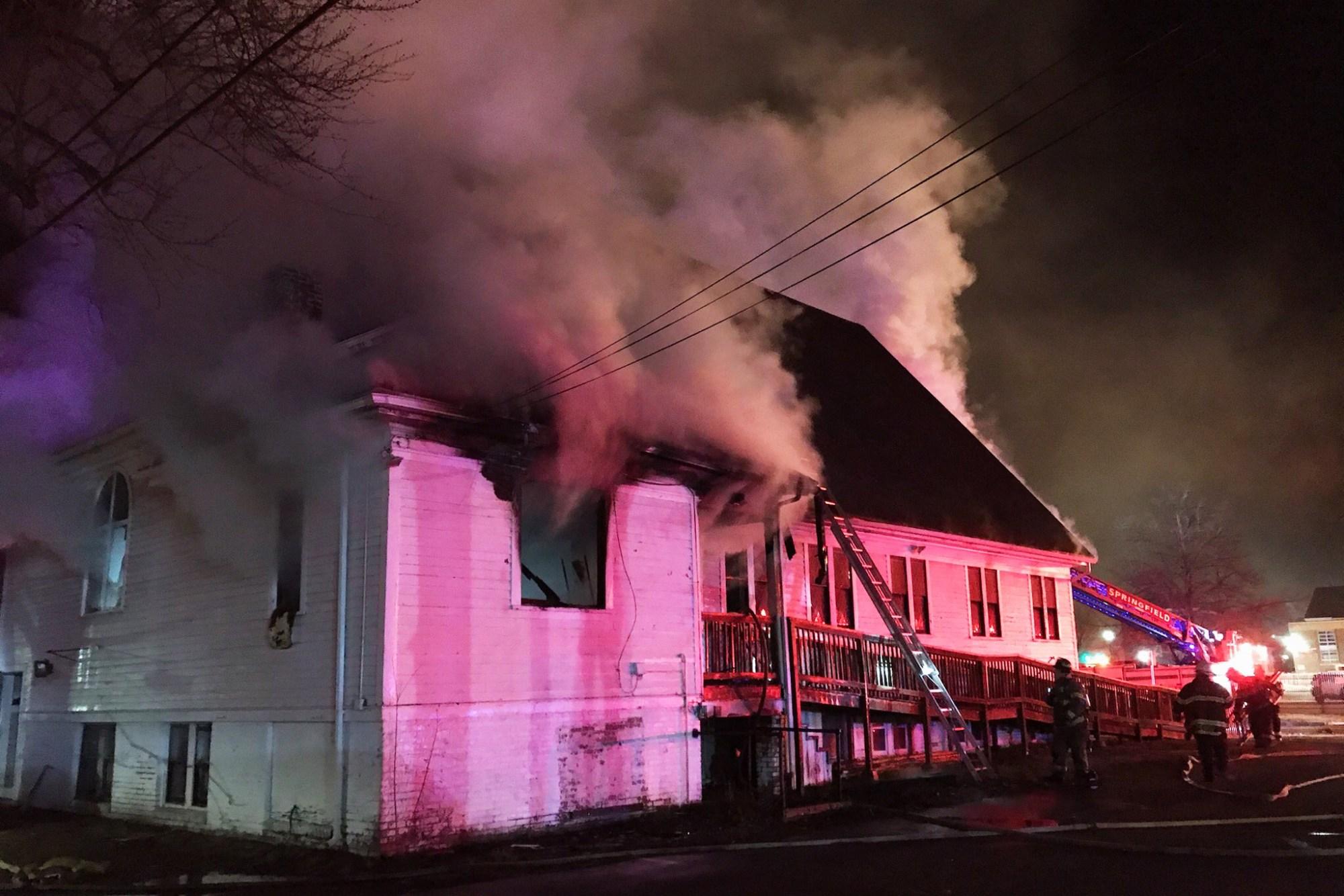 201228-church-fire-massachusetts-jm-1348_e093c3d5c5053cbd4f7d9dd484566986.fit-2000w.jpg