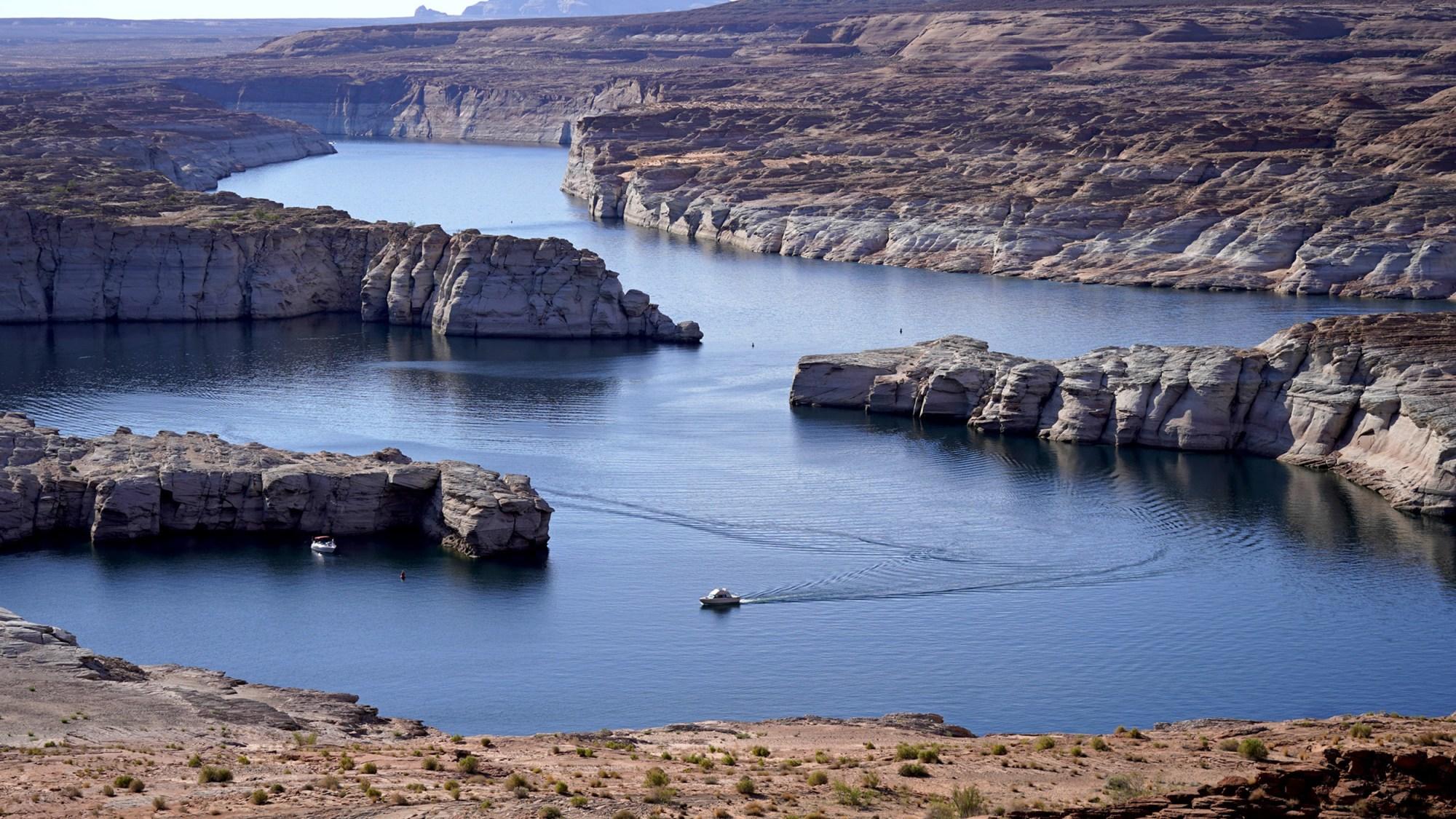 Arizona's Lake Powell Water Level Falls to Historic Low