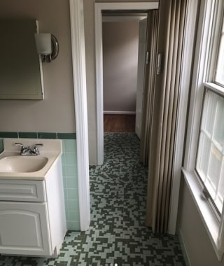 Before The Green Monster Bathroom Was Covered With An Unsightly Tile Housesevendesign Instagram