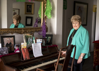 Image: Belle Ortiz, 85, the oldest member of Las Alte?as
