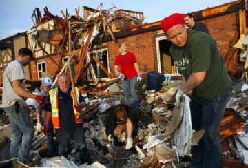 Deadly Storms Rake Midwest