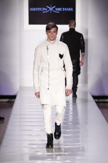 Bizarre Style At New York Fashion Week