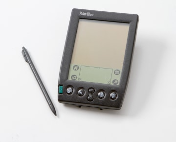 palm pilot case study Case study 7 1 what are the critical differences in the timing innovations like tom tom go and the palm pilot and apple ipod all items case study 2 question 1.