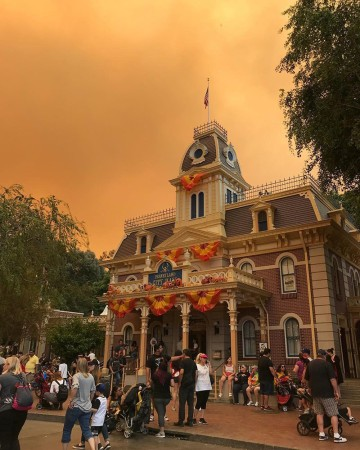 Orange Skies Shroud Disneyland As Wildfires Loom - What city is disneyland in