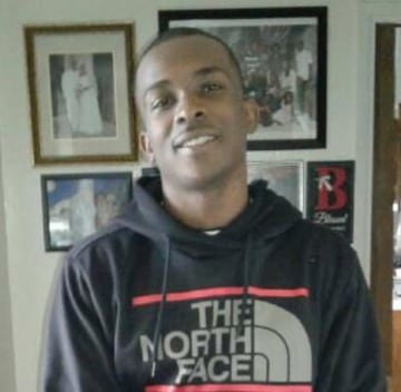 Sacramento police release video of fatal shooting of ... Stephon Clark