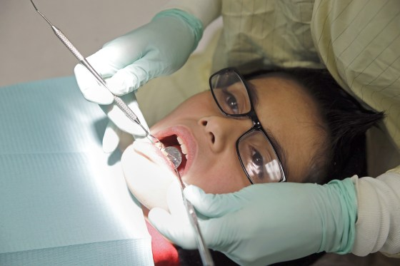Should your teen's wisdom teeth be pulled? Why experts disagree