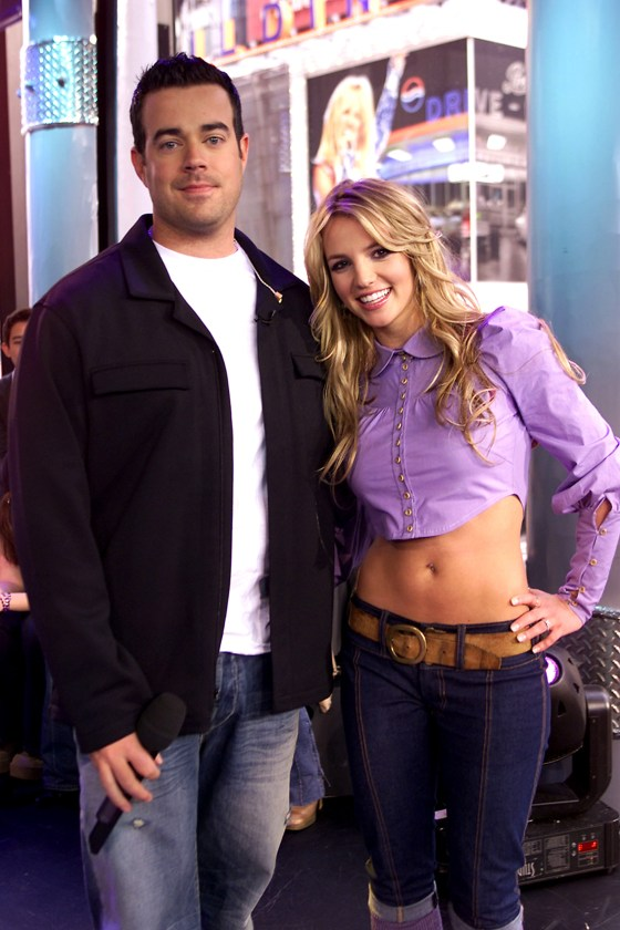 Trl Is Back For Halloween See Carson Daly Channel The 90s As