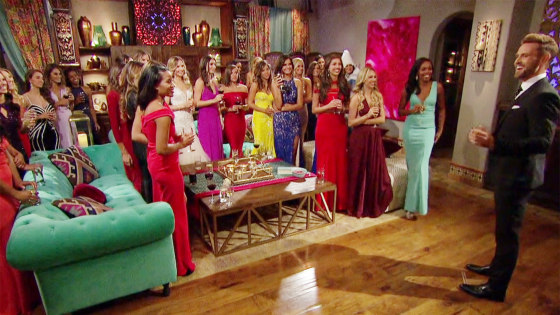The Bachelor House Meet The Family Of 6 That Actually Lives In The Reality Show Home