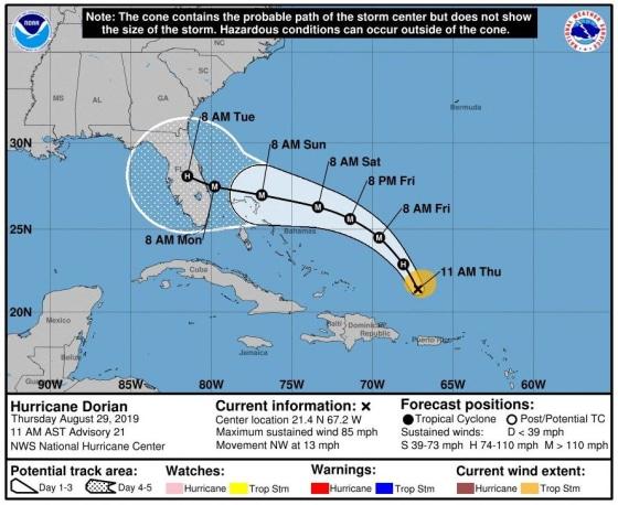 Карта прогноза движения урагана Дориан