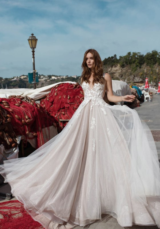 5 Bridal Trends That Will Be Everywhere In 2020 According To