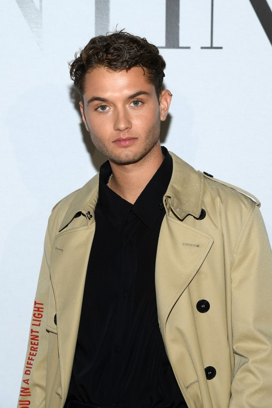 Jude Law S Son Is Practically His Dad S Twin On The Red Carpet