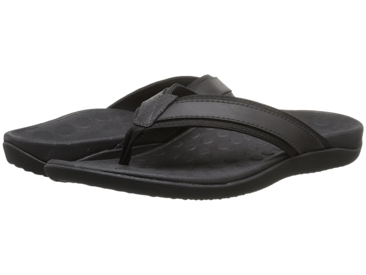 a474d64a1e6f12 Vionic Men s Ryder Thong Sandals with Orthaheel Technology