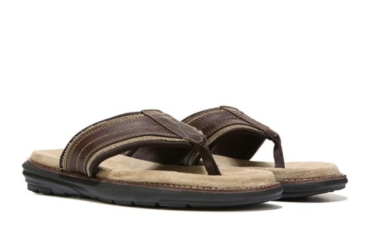 e6b2f88b56e93b Here s how to wear flip-flops without ruining your feet