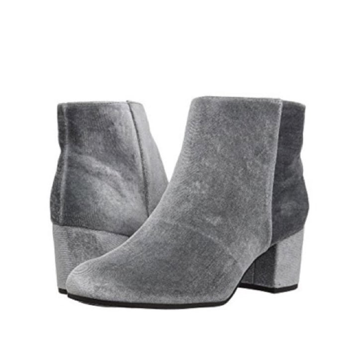 552dc26096473 The 25 Pairs of Non-Black Women s Ankle Boots You Need For Fall