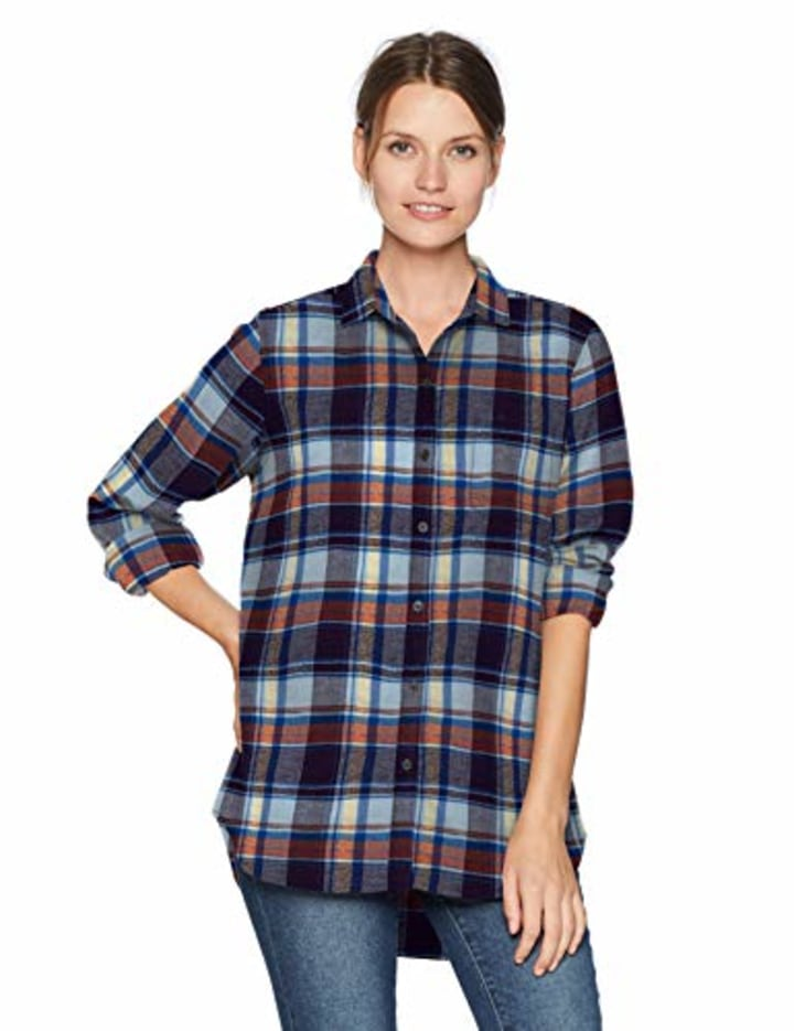 3301e3d4 10 best flannel shirts for women and how to wear them this fall