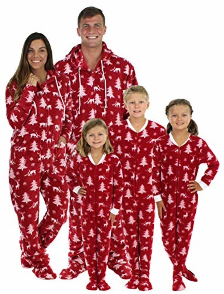 Christmas Pajama Onesies.12 Best Matching Family Pajama Sets For Christmas Or