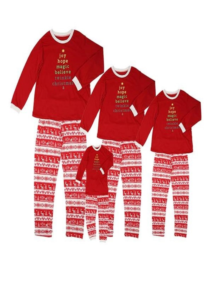 family christmas long sleeve crew collar pajamas