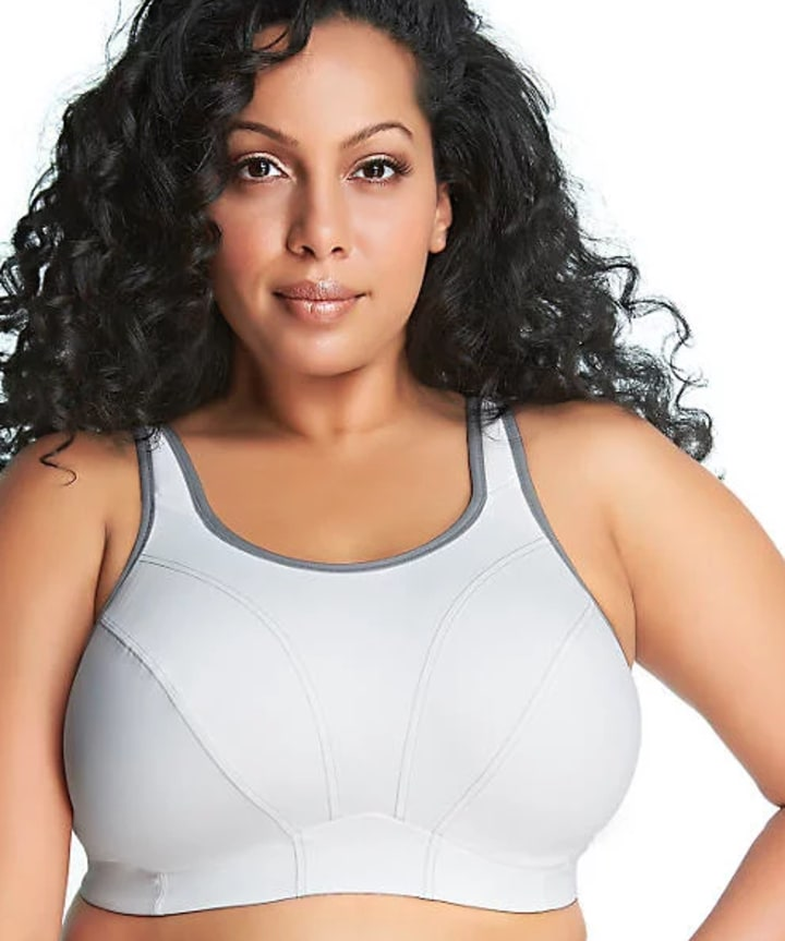 d7b82909aaa This bra goes up to a 48 band size and an I cup, so it has a really great  range for curvy women. It's best for mid-impact activities, such as cycling.