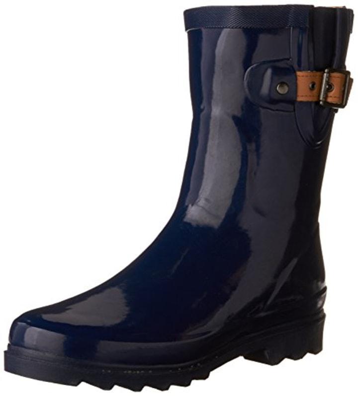 c7e9fe7b32c 10 best rain boots for women 2019