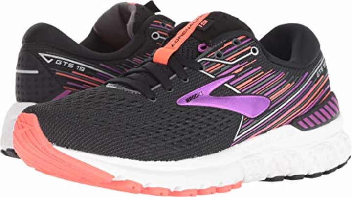 1b716cd4da The best walking shoes and sneakers for women, according to these ...