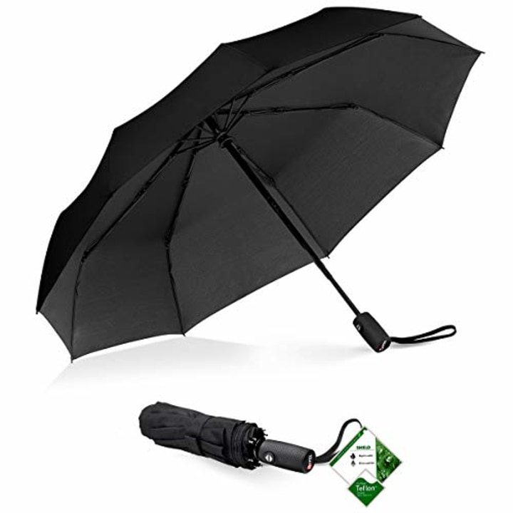 We tried an umbrella with more than 5,000 reviews on Amazon — and it is amazing