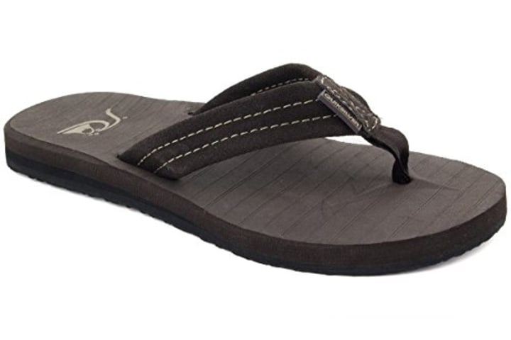 15d07f0160b Quiksilver Men s Carver Suede 3-Point Flip-Flop