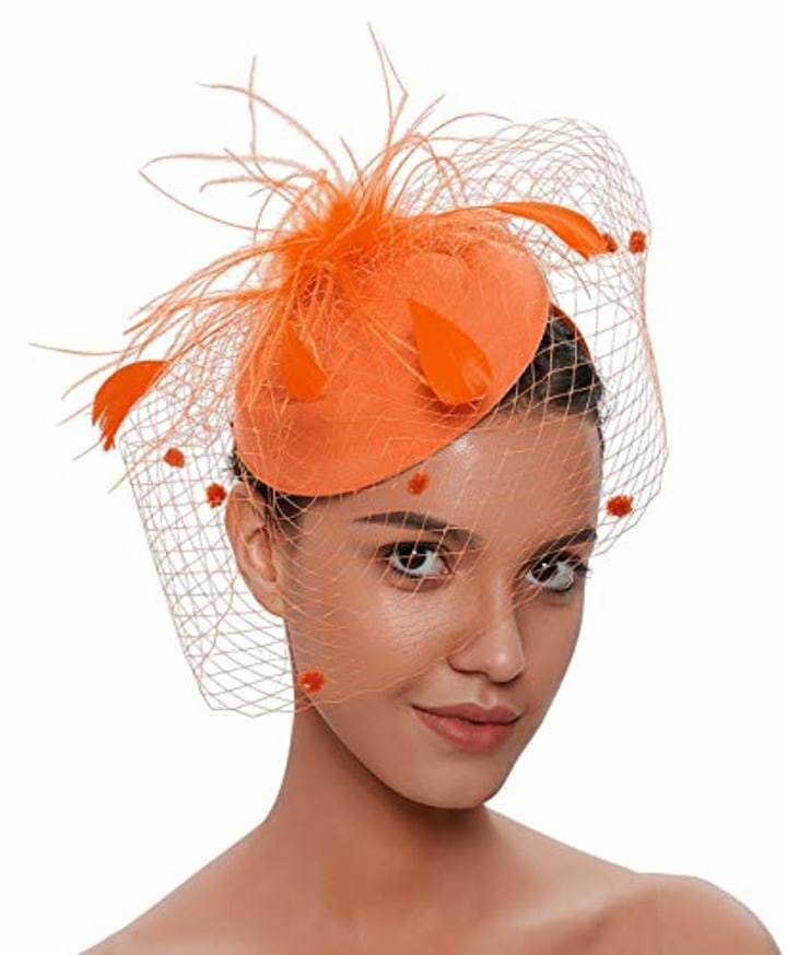 d8df4a97f19e9 Kentucky Derby outfits 2019  Attire and hats for men and women