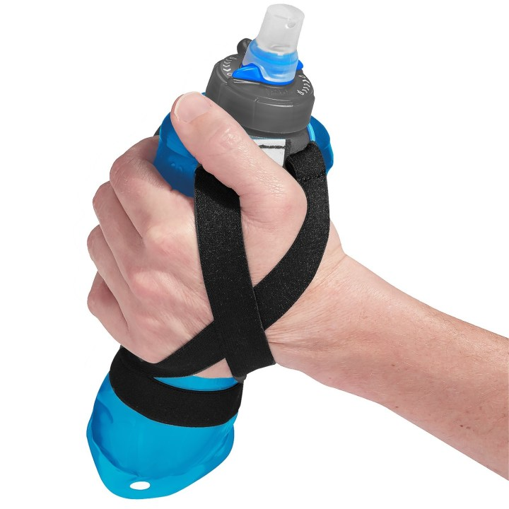 8 Water Bottles And Hydration Systems For Working Out Outdoors