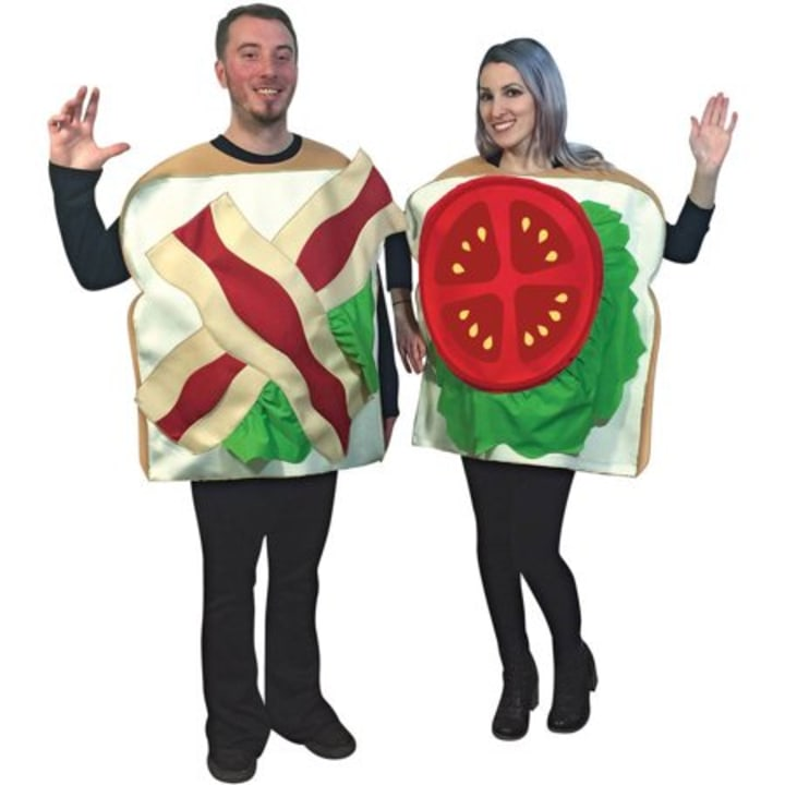 15 Cute Couples Costumes For Halloween 2019